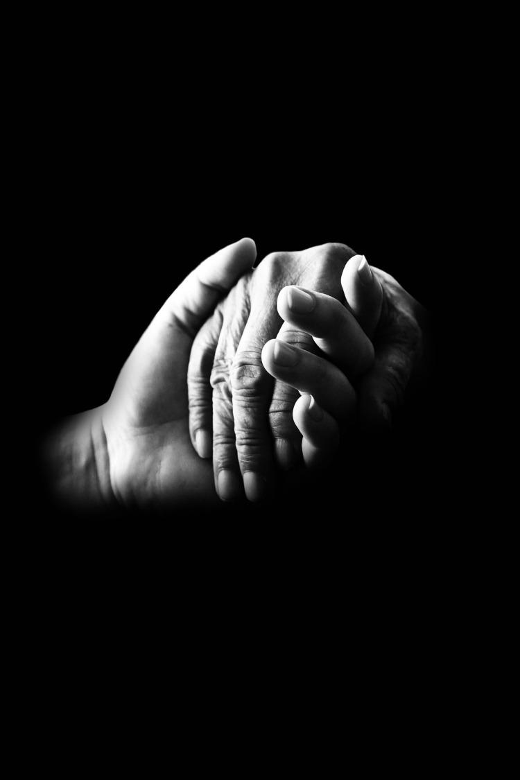 hands-699486_1920